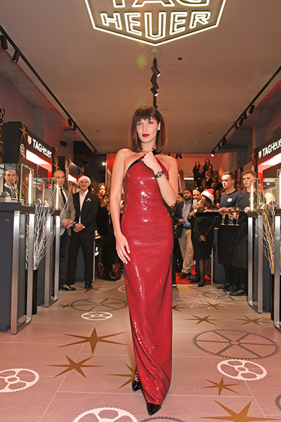 Lancement de la Link Lady Bella Hadid à Oxford Street